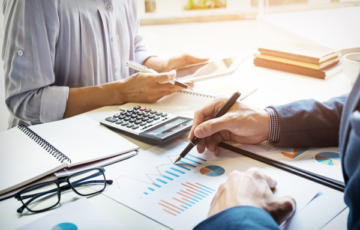 Image: Dr. Noah Lot – Building a Marketing Budget